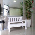 ספסל לבית וגינה מעץ מלא. במידות שונות ובמבחר עשיר של צבעים.