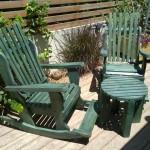 כיסאות נדנדה ירוקים