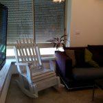 כיסא הנקה, דגם: בלו 83, מעץ מלא, במידות שונות ובמגוון צבעים.