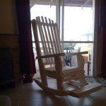 כיסא הנקה, דגם: בלו 91, מעץ מלא, במידות שונות ובמגוון צבעים.