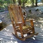 כיסא נדנדה, דגם בלו 91, עץ מלא, מידות שונות ובמגוון רחב של צבעים.
