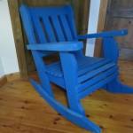 כיסא נדנדה. דגם: בלו 37. מעץ מלא. במידות שונות ובמגוון עשיר של צבעים.