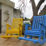כיסא נדנדה. דגם: בלו 88. מעץ מלא. במידות שונות ובמגוון עשיר של צבעים.