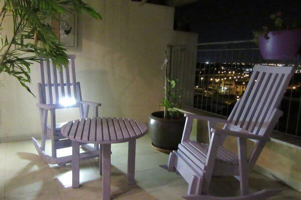 כיסאות-נדנדה-לגינה-מרפסת-בקלילות