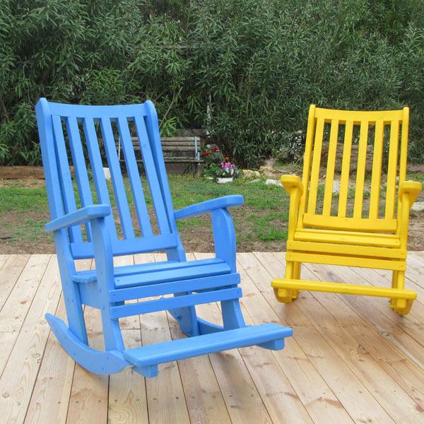 כסאות--נדנדה-מעץ