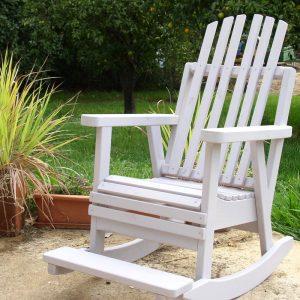 """כיסאות נדנדה לגינה ולמרפסת  """"בקלילות"""""""