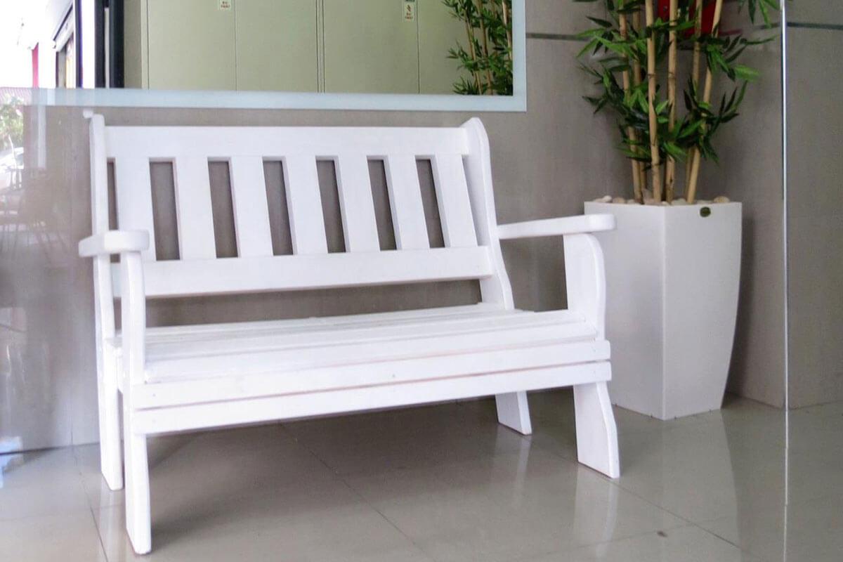 ספסל-עץ-מלא-סטטי-1