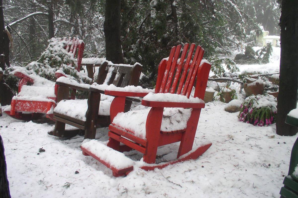 ריהוט-גן-בשלג