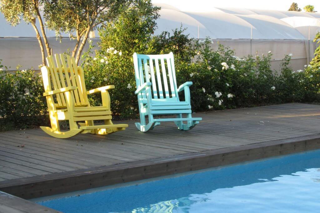 כסאות נוח לגינה מעץ